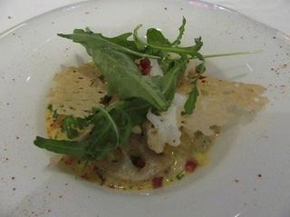 アオリイカと貝の雑穀リゾット ハーブのサラダ